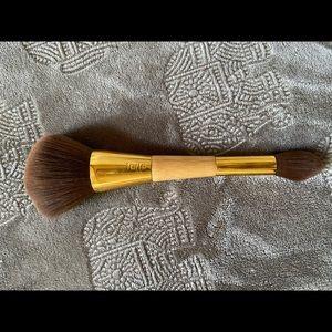Tarte powder brush double sided